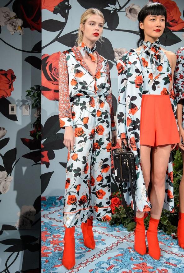 2019 ilkbahar yaz moda trendleri karışık desenler