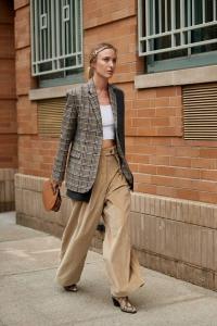 2019 sokak stilleri yüksel bel pantolonlar