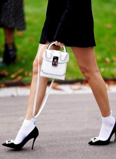 beyaz soket çorap trendi 2019
