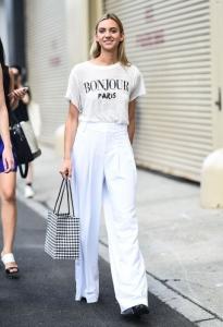 Beyaz tişört beyaz pantolon kombini 2019