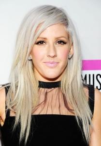 Ellie Goulding platin - gri saç rengi