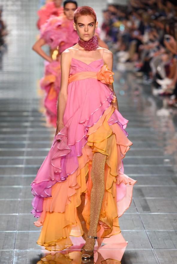 İki renkli Maxi elbise modelleri 2019 ilkbahar yaz trendleri