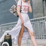 İlkbahar yaz beyaz tişört kombinleri 2020