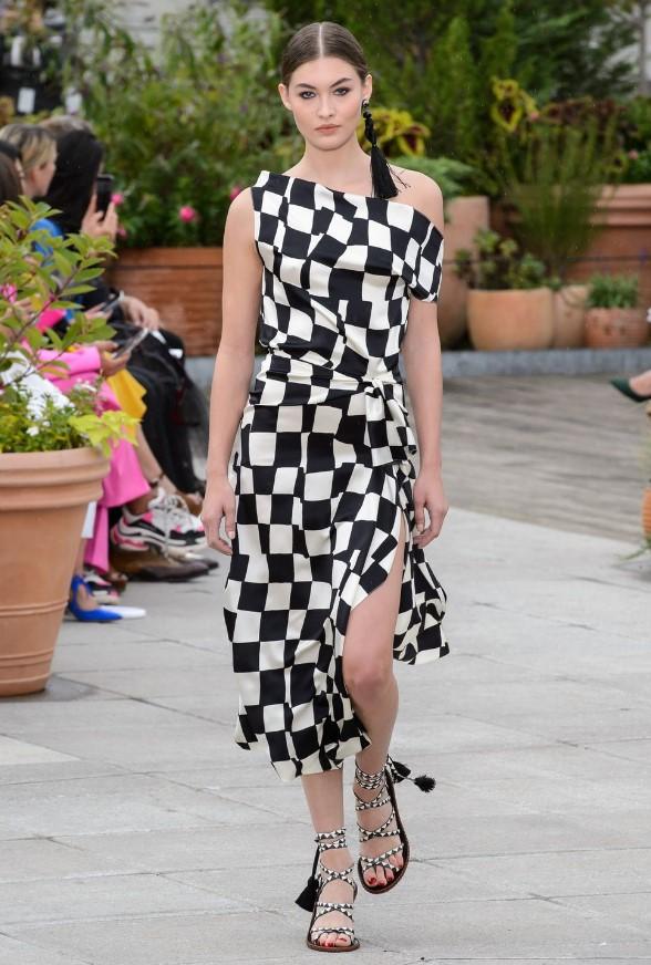 ilkbahar yaz moda trendleri dama desenler