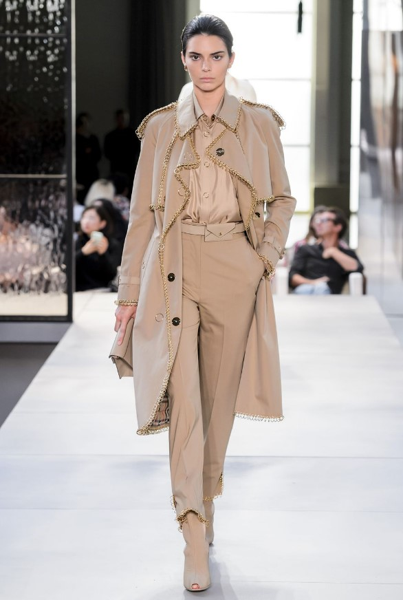 Londra moda haftası Burberry kendal jenner
