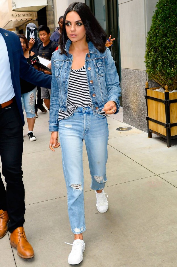 Mila Kunis Double denim stili