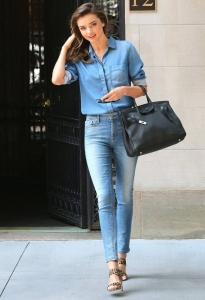 Miranda Kerr şık jean stili