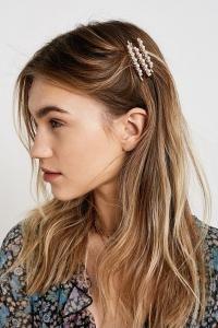 Sezon trendi saç tokaları ve stil önerileri