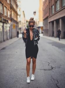 Spor ayakkabı ile havalı sokak stilleri 2020