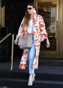 Turuncu desenli kimono ceket kombini 2019