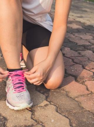 Ayakkabı Kokusu Nasıl Geçer İşte 8 Doğal Yöntem