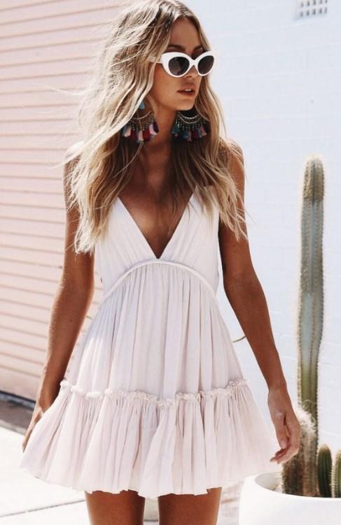 3bc62c89a0b6f Rahat ve şık 2019 yazlık beyaz elbiseler | Pembe Şeker Moda Blogu