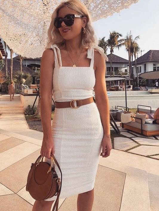 beyaz elbise modelleri 2020