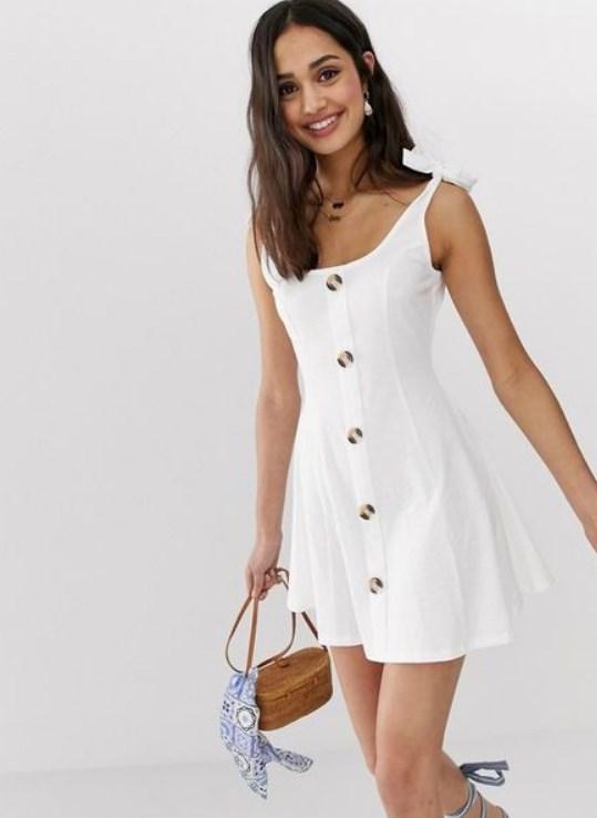 düğmeli beyaz yazlık elbise 2019