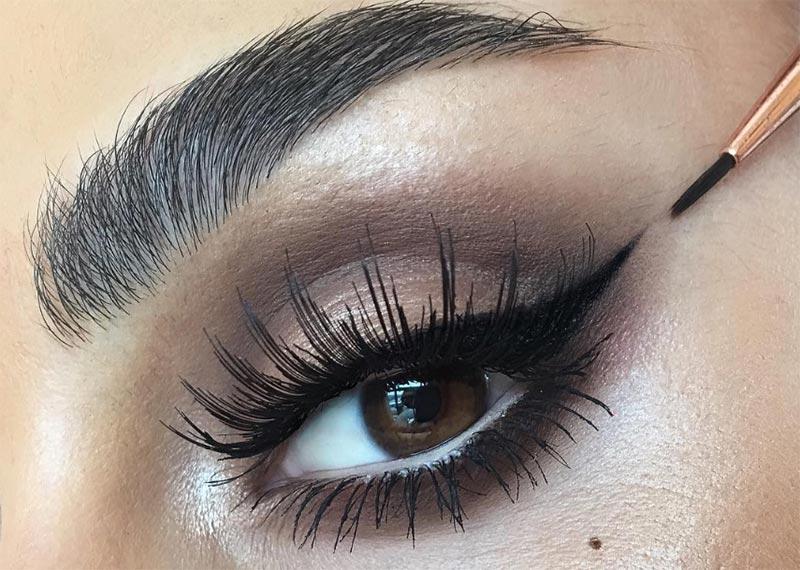 Likit Eyeliner Nasıl Uygulanır