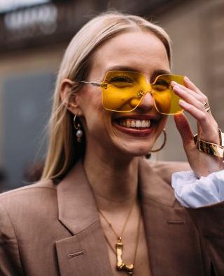 Renkli Güneş Gözlüğü - Bunlar 2019 yazının en havalı modelleri