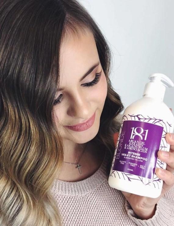 Saça Renk Veren Şampuan Nedir ve Ne İşe Yarar