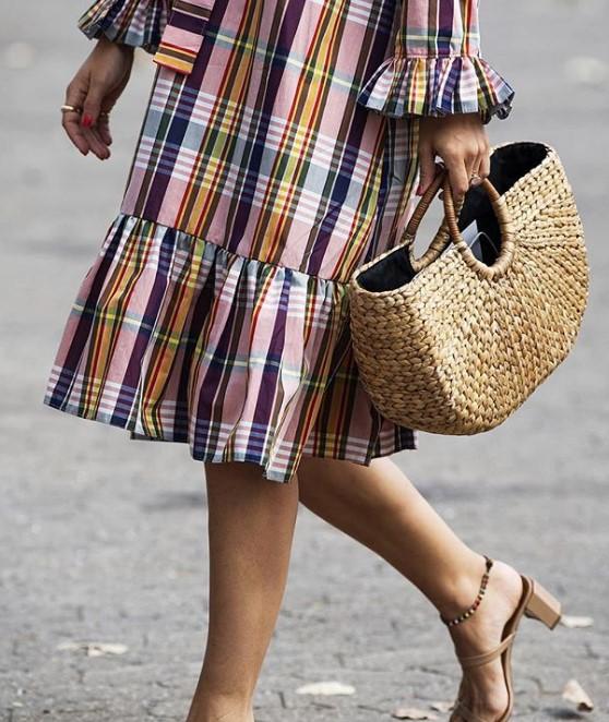 yaz modası kareli elbiseler 2019 2020