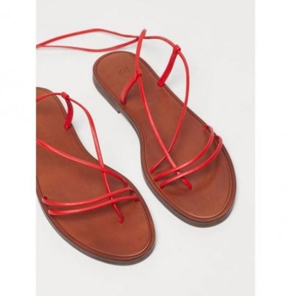 hm parmak arası düz kırmızı sandalet