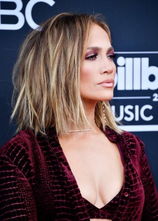 40 yaş üstü kadınlar için saç modelleri