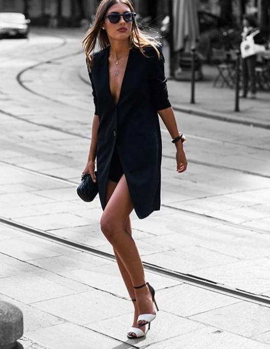siyah blazer ceket ile elbise kombini