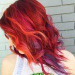 kısa-kızıl-dalgalı-saç-modelleri-2019