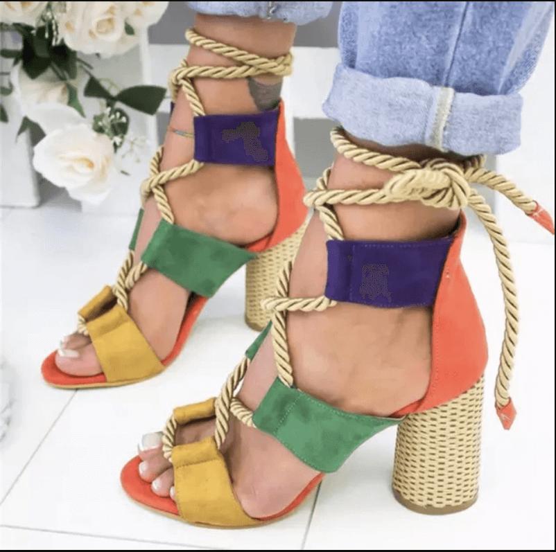 2020 Aksesuarlı Sandalet Modelleri